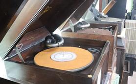 SP盤は、明治・大正・昭和の3時代に力を入れています。