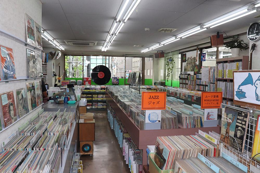レコード社本店店内2